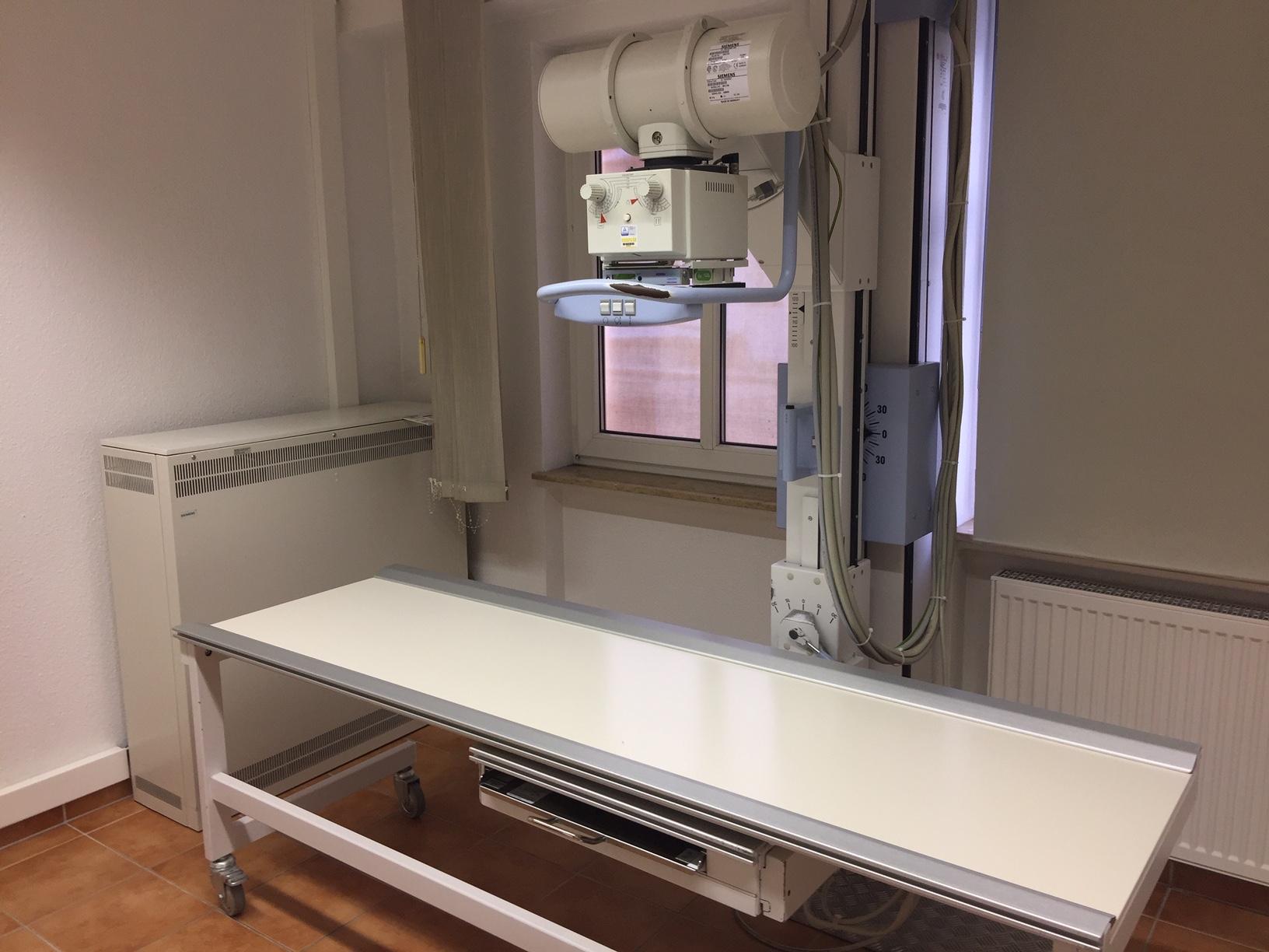 gebrauchtes Röntgengerät von Roentgen-Boehnke, Mainz